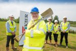 Mayor helps to lay bricks at The Ferns, Wixams